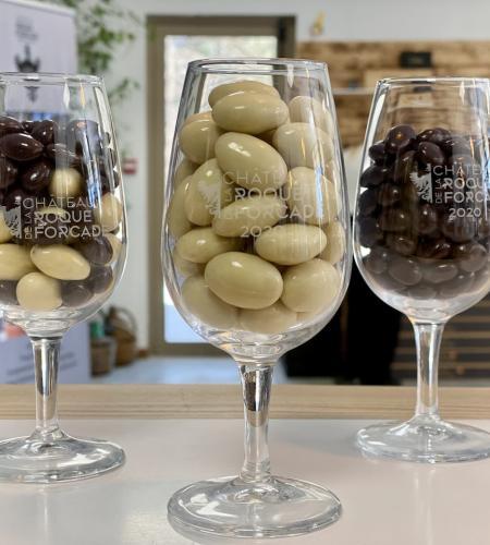 150 grs chocolat  aux choix + 1 verre = 15€ttc