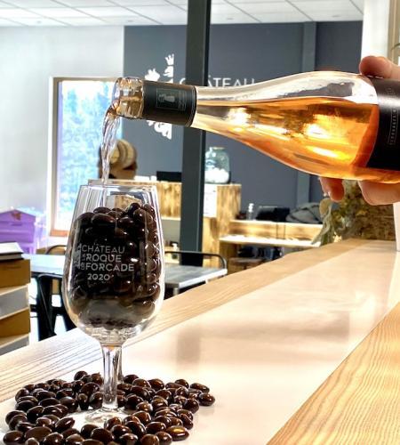 Larme de Baccus 15 €  150 grs chocolat + 1 verre